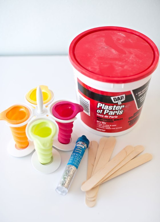 3-diy-sidewalk-chalk-popsicles