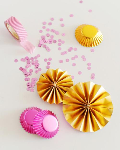 Cupcake liner pinwheel tutorial
