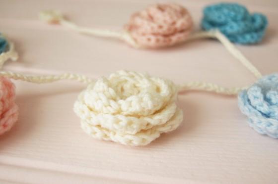 pastel garland 3